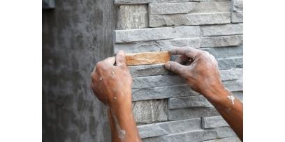 Декоративный камень: инструкция по укладке